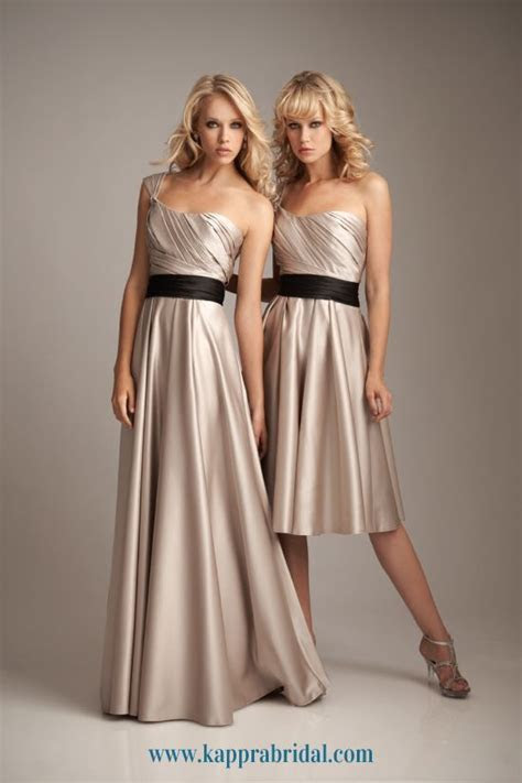 Who wouldn't look good in a champagne colored bridesmaid