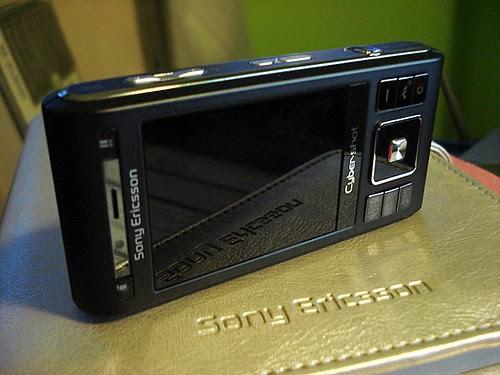 Black Sony Ericsson C905