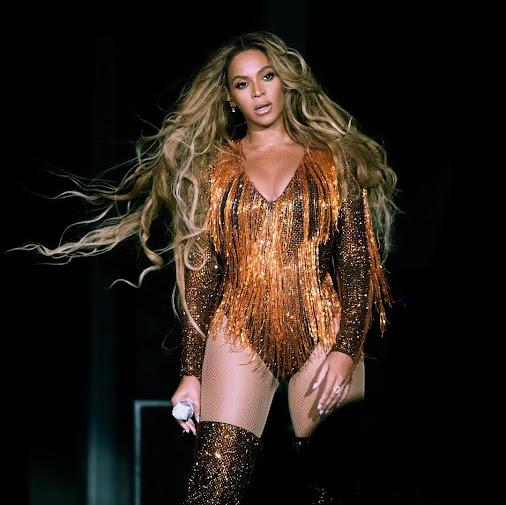 Beyoncé Knowles Best Outfits 2018 #beyonvce #celebs #celebrity #entertainment #fashion #entertainment...