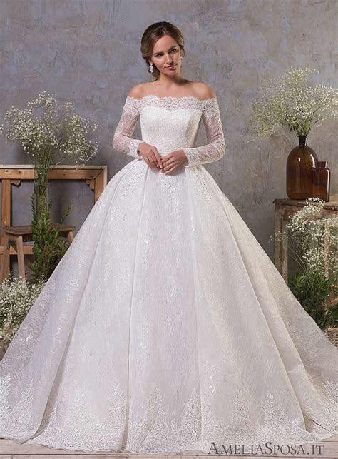 Classic Feminine Beauty in these Amelia Sposa Wedding
