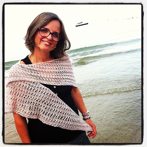 Just finished my Mea Shawl:) Ho appena finito il mio Mea Shawl :)