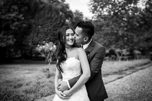 Morden Hall Wedding Video and Photo's | Thanh + Vincent | Storybox Films