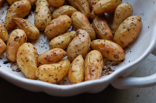 New fingerling potatoes with fresh herbs & garlic by Eve Fox, Garden of Eating blog