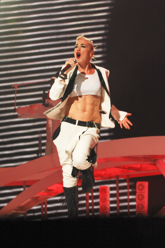 gwen stefani abs. gwen stefani abs. Gwen Stefani#39;s Killer Abs and