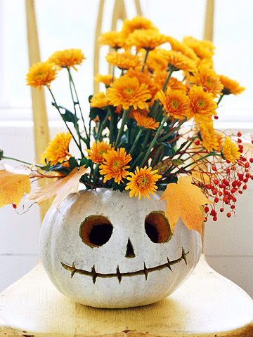 7-quick-inexpensive-halloween-decorations-Jack-Lantern-Flower-Vase ...