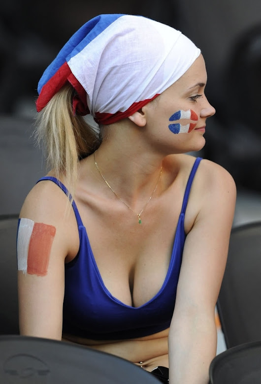 Football Sexy Women Fans In The FIFA World -