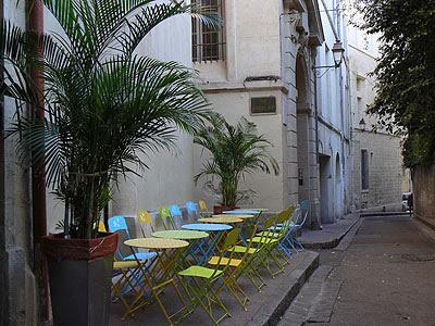 tables vertes et bleues.jpg