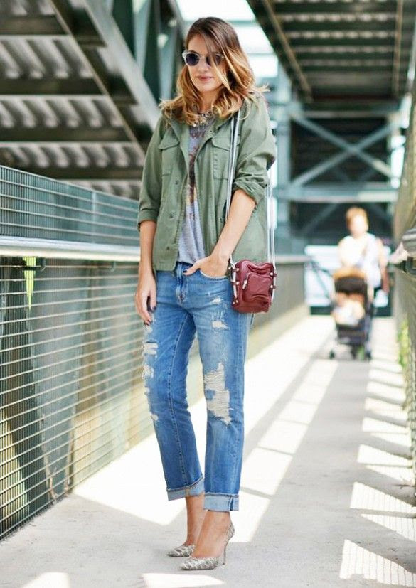 Top your boyfriend jeans with a military jacket, and throw on your favorite heels for a trendy and unstudied look // #streetstyle