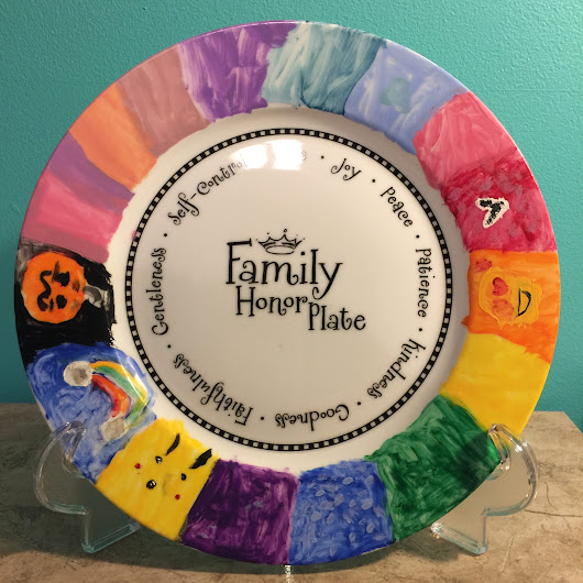 Family Honor Plate + Table Thyme Discussion Cards | Review - Life of Creed