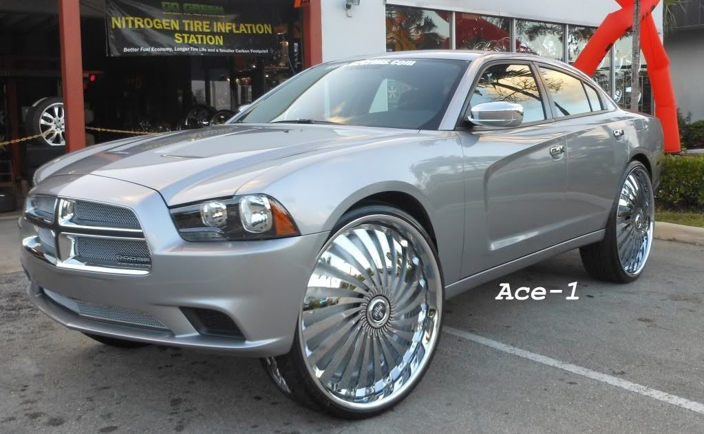 "Ace-1: FOR SALE- 2011 Dodge Charger on 30"" DUB Swyrl Floaters"