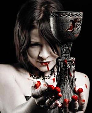 Risultati immagini per immagini vampiri