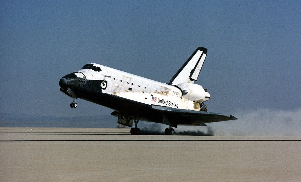 May06-1985-STS51Blanding
