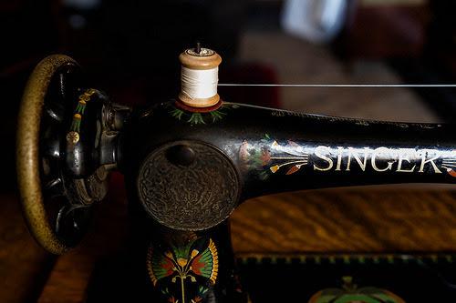 Singer by -hedgehogjp- #flickstackr  Flickr: http://flic.kr/p/kEwETW