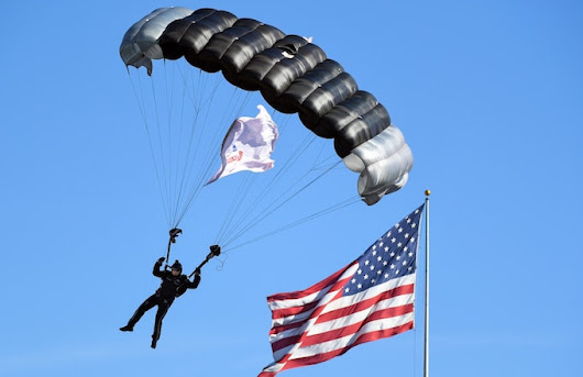 Navy Seal Team Member Dies After Parachute Fails During Demonstration