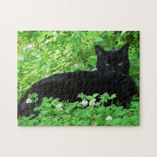 Bombay Cat Lying in Green Clover Puzzle