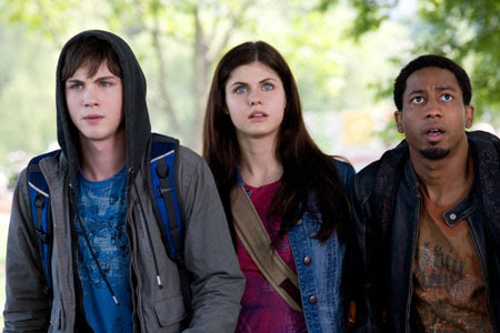 http://images.flickdirect.com/movies/percy-jackson-lightning-thief/percy-jackson-lightning-thief_1.jpg