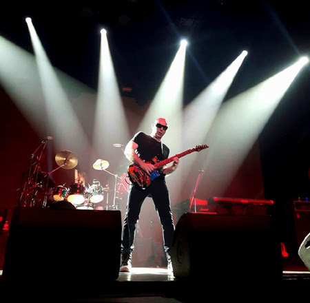 JOE SATRIANI SENDS SHOCKWAVES THROUGH BANGKOK WITH MESMERISING SKILL
