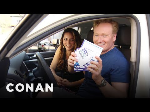 Conan Helps His Assistant Buy A New Car, Comedy