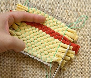 Agora iguale o tamanho das franjas cortando as maiores