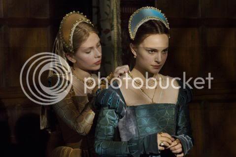The Boleyn girls are found of henry VIII! Lucky womanizer!