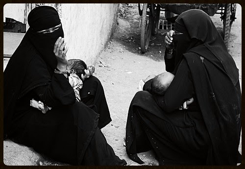 Motherhood Begs .. by firoze shakir photographerno1