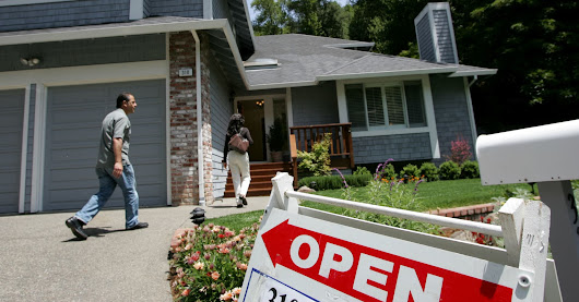 Higher interest rates send mortgage applications tanking, down 7.4%