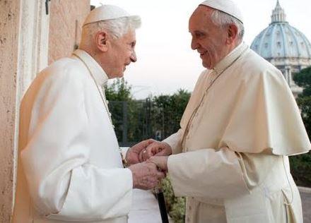 """Le Pape François rend hommage à """"Deus Caritas est"""", l'encyclique de Benoît XVI sur la charité"""