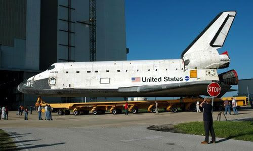 Atlantis is being rolled into the Vehicle Assembly Building on July 24, 2006.