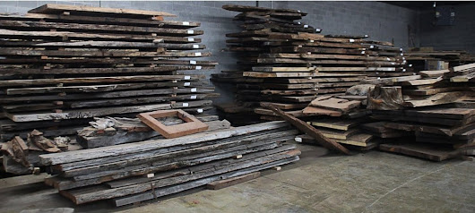 Reclaimed and Salvaged Wood: Responsibly Sourcing Materials