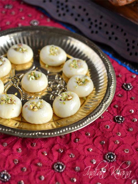 Milk-Peda-Dudh-Peda-Recipe-Diwali-Sweets