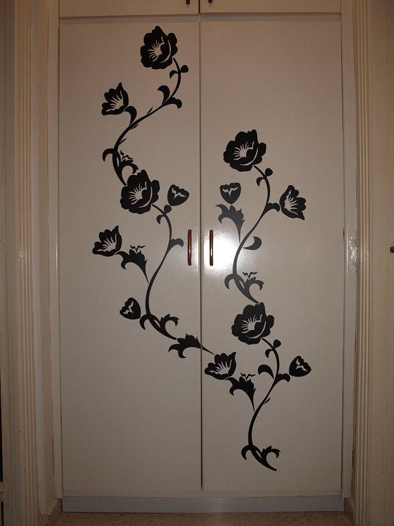 C mo decorar la casa vinilos para puertas de armario for Vinilos decorativos armarios