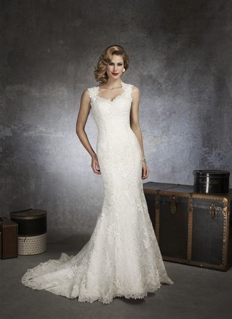Justin Alexander 8656 Vintage Lace Wedding Dress   Crazy