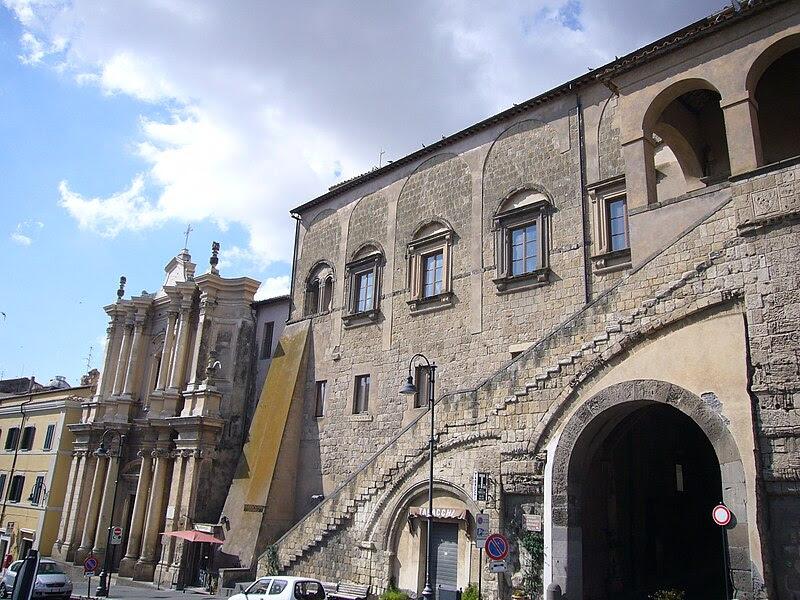 Fil: Tarquinia - pal Comunale e Suffragio 1180366.JPG