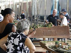 Evento atrai público de várias idades (Foto: Fabio Rodrigues/G1)