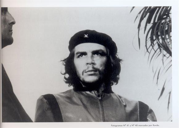 """Foto que le hiciera Korda al Comandante Ernesto Che Guevara el 5 de marzo de 1960, durante las honras fúnebres a las víctimas del sabotaje al vapor francés """"La Coubre"""""""