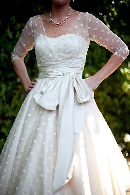 I love tea length wedding dresses, much more fun to dance