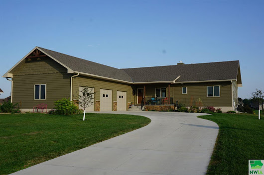 839 Brookside Dr, Jefferson, SD 57038 - MLS/Listing # 802560