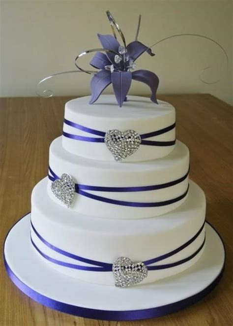 Purple Wedding   Crystal Hearts Purple Wedding Cake