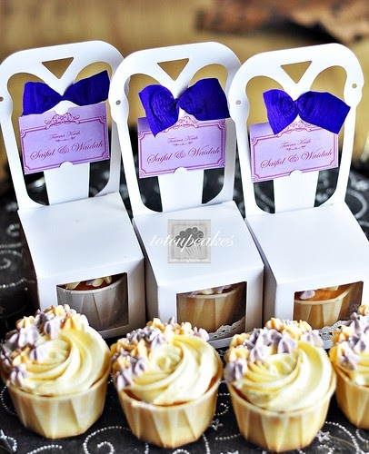 Cupcakes Take The Cake: Wedding Favors: Cupcake Chair Boxes
