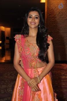Pooja Jhaveri Photos - 19 of 42