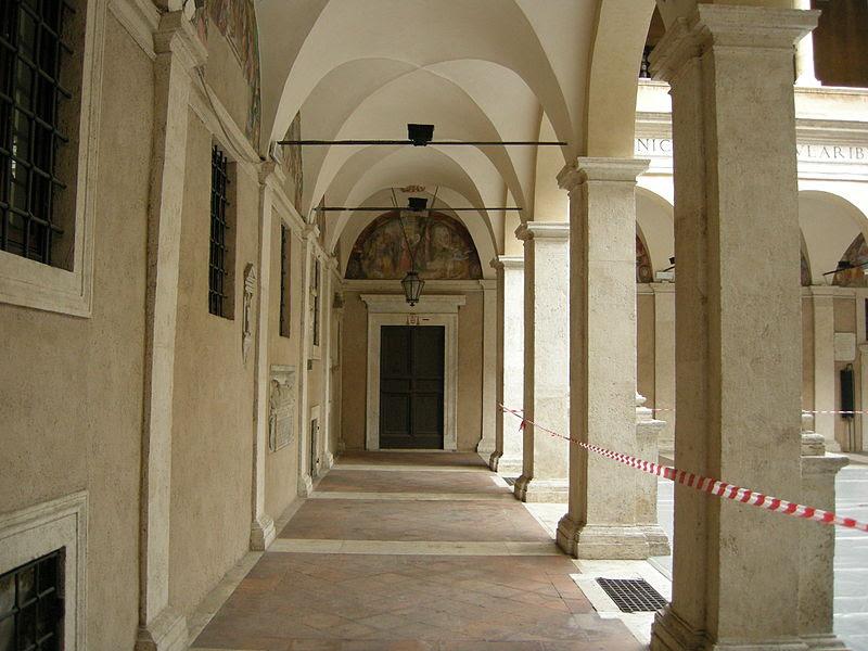 Fil: Santa Maria della Pace, Chiostro del bramante 05.JPG