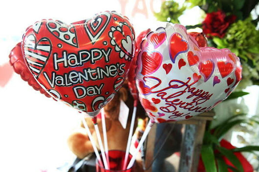 How to buy the perfect Valentine's gift | Jana | Lite Rock 99.3