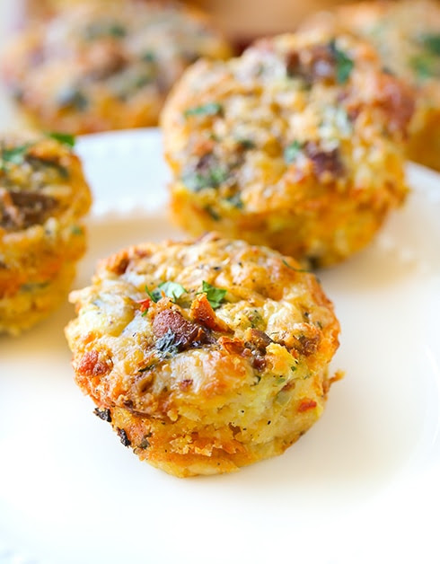 Cheesy Hash Brown and Egg Breakfast Muffins - Swanky Recipes