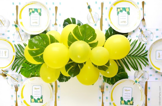 DIY Balloon & Fronds Tropical Party Centerpiece
