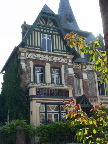maison au toit vert.jpg