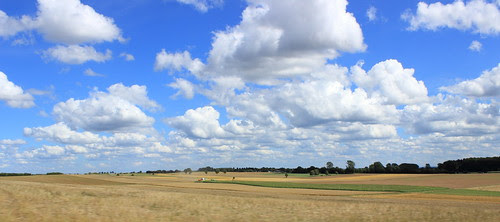 Beautiful vastness and lovely clouds by Christian R. H
