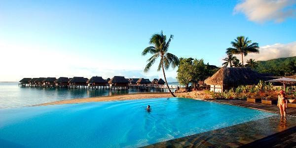 40 Best Tropical Vacation Spots in the World - Traveleering