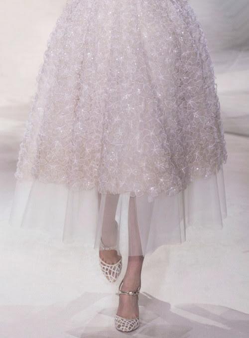 wink-smile-pout:  Giambattista Valli Haute Couture Spring 2013