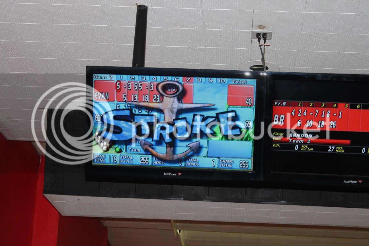 photo bowling22_zpscfyevu6k.jpg