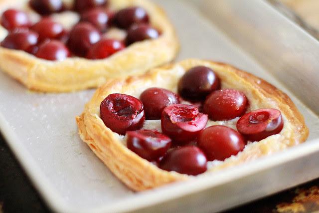 Super Easy Cheat Cherry Pie / Tart